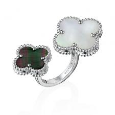 Van Cleef & Arpels. MAGIC ALHAMBRA BETWEEN TRE FINGER RING