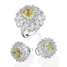 Ювелирные украшения КОМПЛЕКТ С БРИЛЛИАНТАМИ  3.26 CT FY/VS1 - 2.01 CT FY/VS1 - 2.01 CT FY/VS1