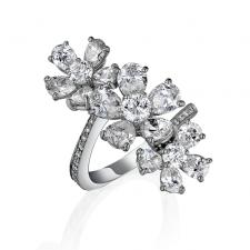 GRAFF TRIPLE FLOWER RING SET ON A WHITE ROUND PAVE BAND